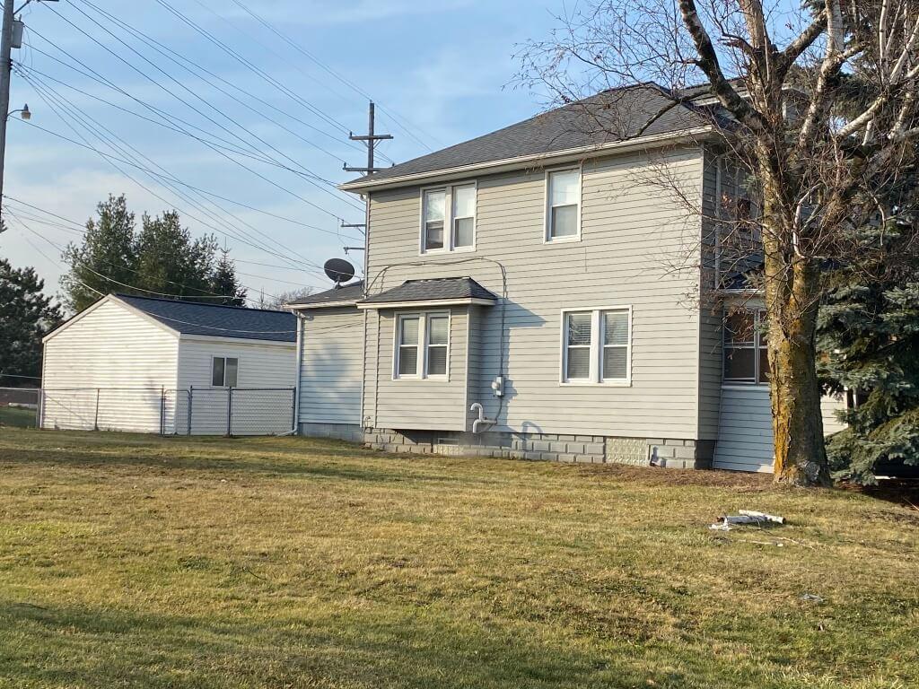 3454 Auburn Rd
