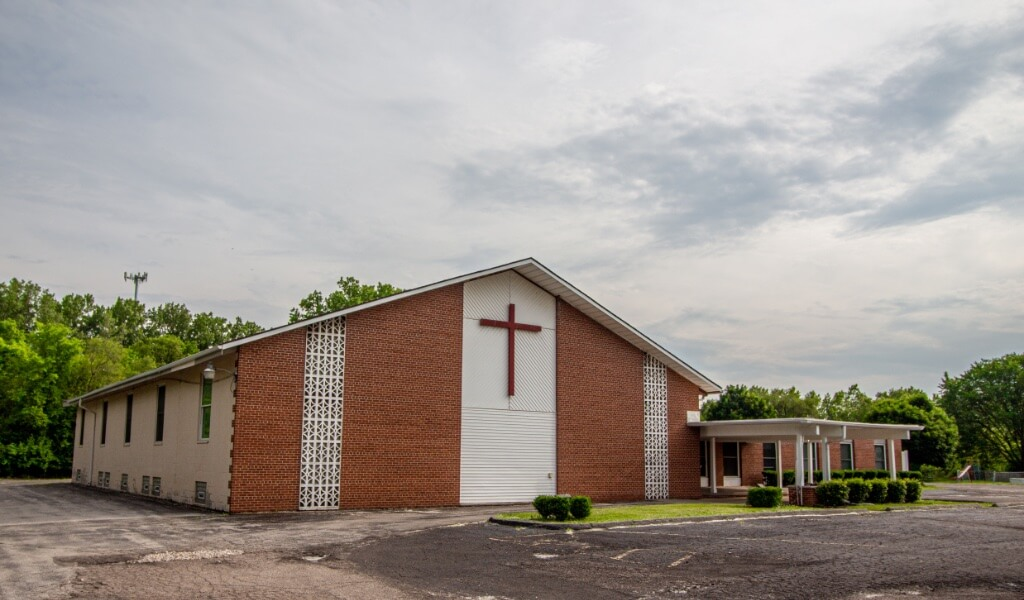 Northline Church - 23696 Northline Rd, Taylor, Michigan 48180 | Real Estate Professional Services